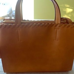 Street Level brown tote